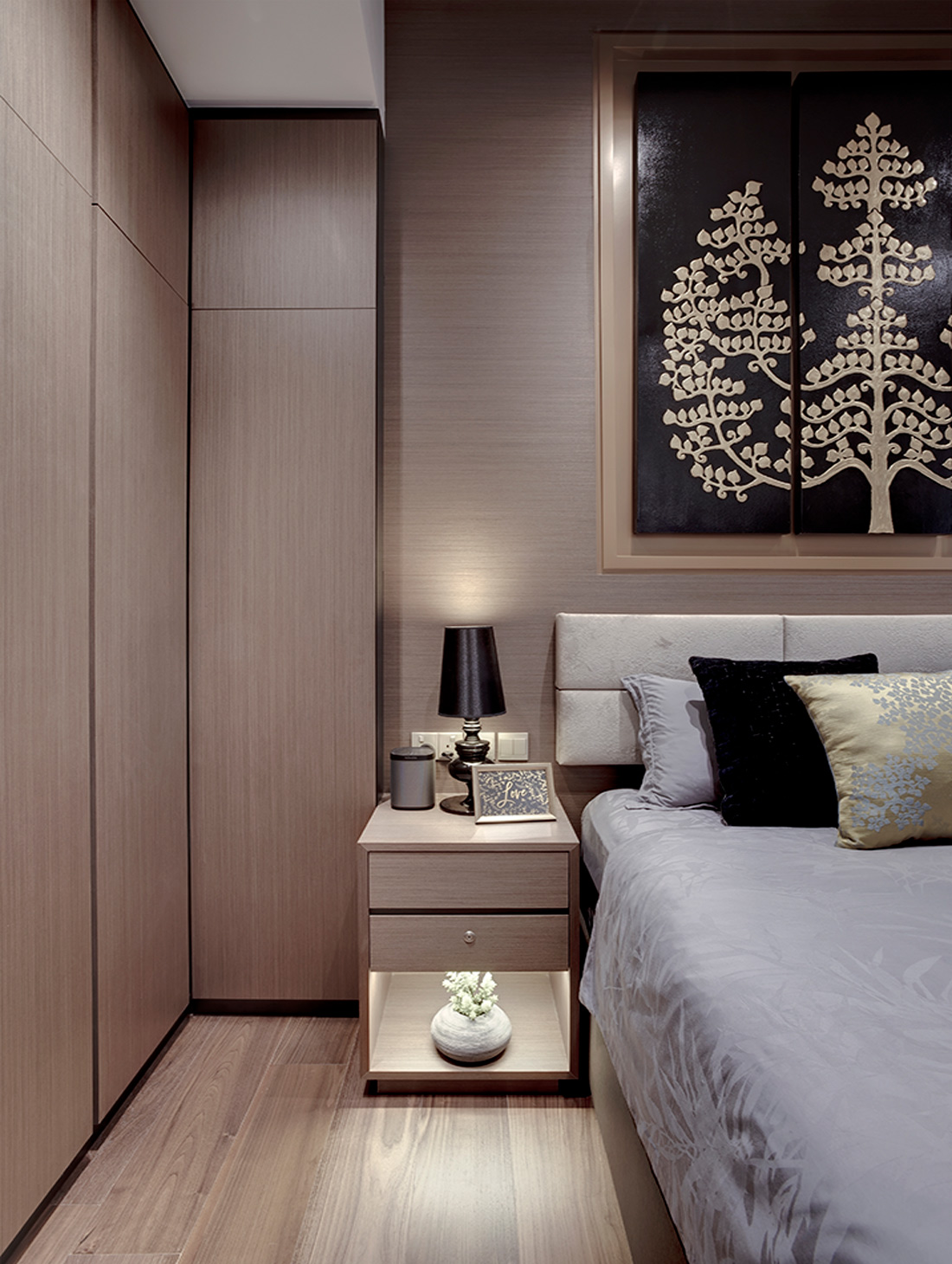 Singapore DJ Couple Customised Bedroom Wardrobe by Juz Interior